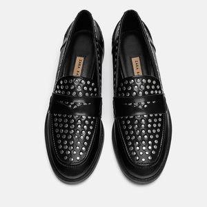 New Zara Trafaluc black patent studded loafers sz9